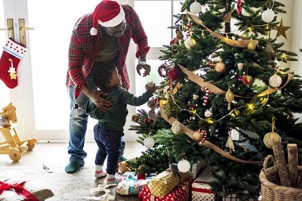 ChristmasTreeDadCHild