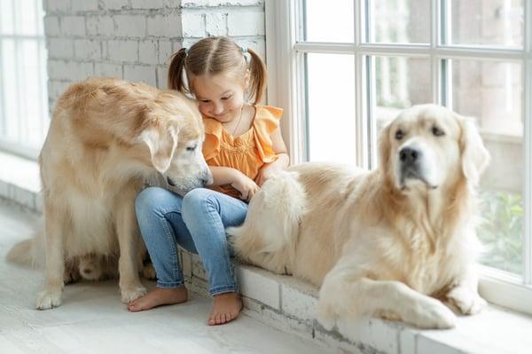 Girlanddogs