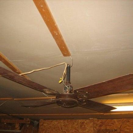 Hanging-Fan