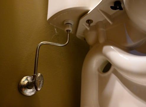 Toilet shutoffvalve